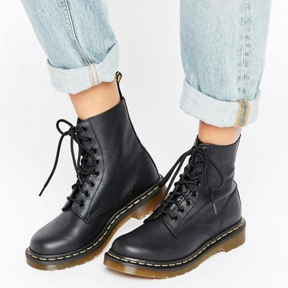 975facbd94f Doc Martens 1460 Black Boots